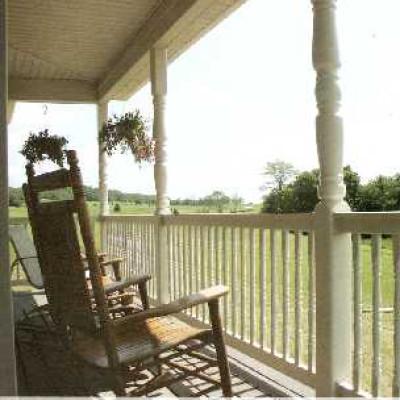 Vinyl railing vinyl fencing vinyl decking aluminum for Colonial porch columns